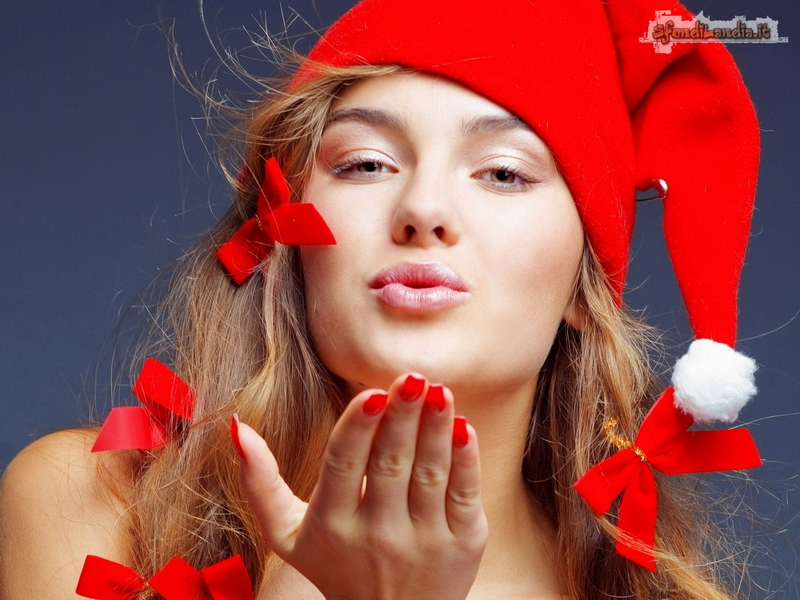 Santa Girl Kiss