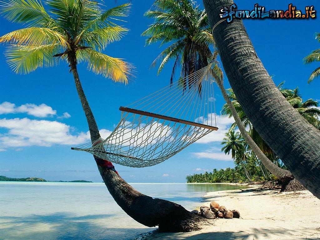 Sfondo gratis di amaca in riva per desktop smartphone for Sfondilandia mare