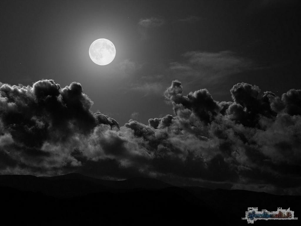 Sfondilandiait Sfondo Gratis Di Chiar Di Luna Per Desktop