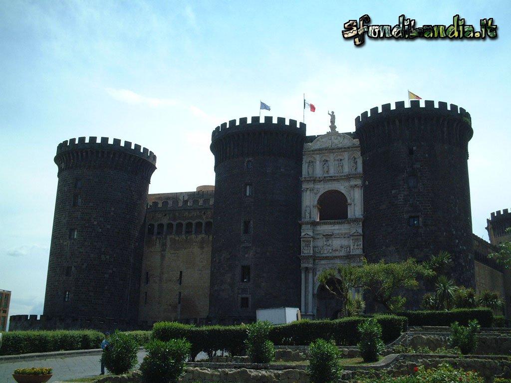 Sfondilandiait Sfondo Gratis Di Napoli Castello Per Desktop