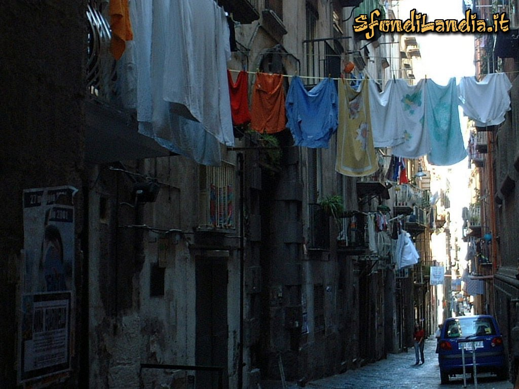 Sfondilandiait Sfondo Gratis Di Napoli Strada Per Desktop