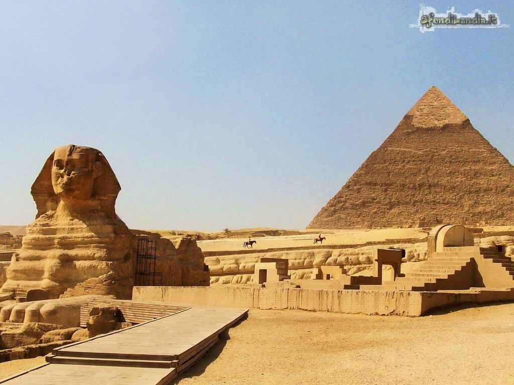 Sfinge e piramidi