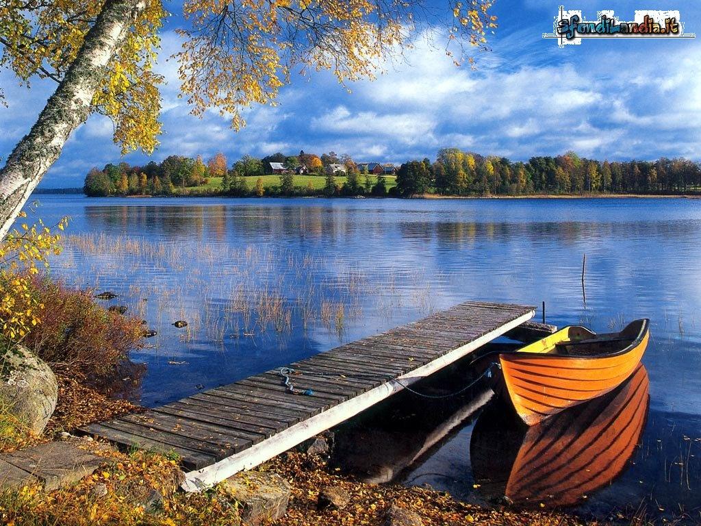 Sfondo gratis di pontile sul lago per desktop smartphone for Sfondilandia mare