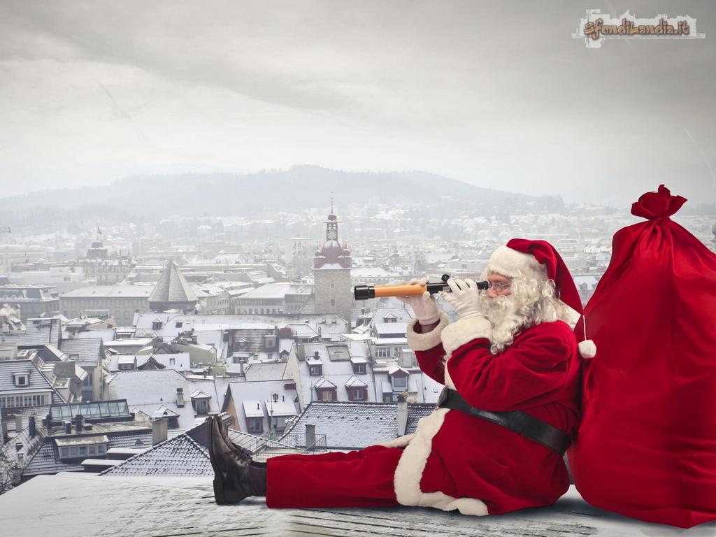 Immagini Natale 1024x768.Sfondilandia It Sfondo Gratis Di Babbo Natale Sui Tetti Per