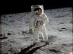 Sfondo: Astronauta sulla Luna