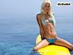 Biondina sul surf