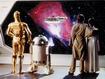 Sfondo: C-3PO e D2-R2