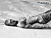 Sfondo: Man On The Beach