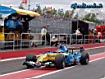 Sfondo: Renault R26 in pista