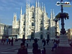 Sfondo: Piazza Duomo